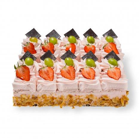 Aardbei slagroom taart